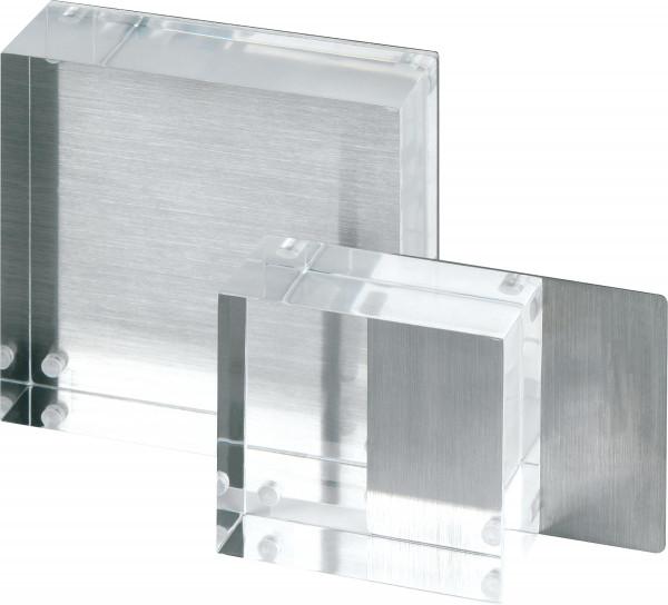 Acrylblock mit Magnet und Edelstahlrückwand